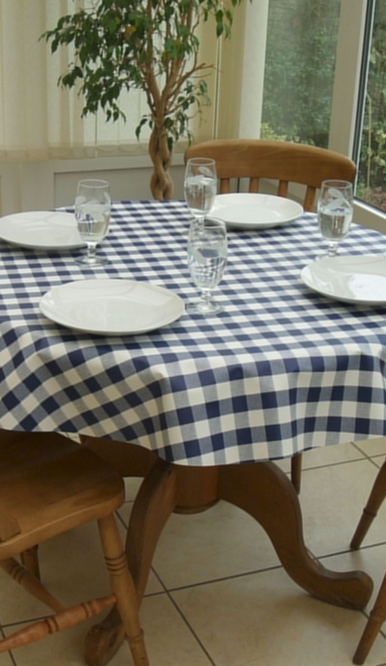 Round Wipe Clean Tablecloth Blue Gingham The