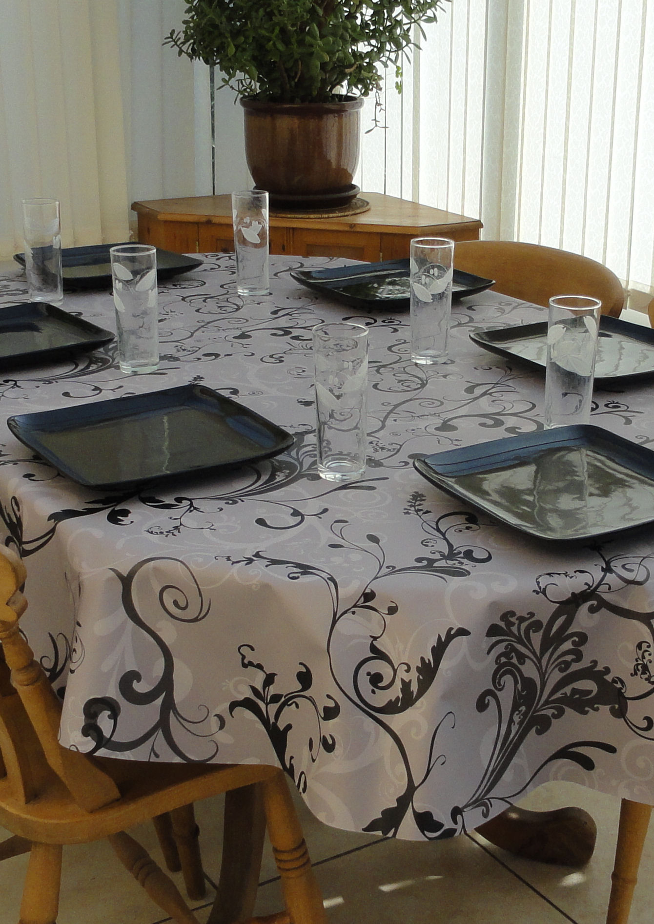 Beau Oval Wipe Clean Tablecloth U2013 Grey Fleur