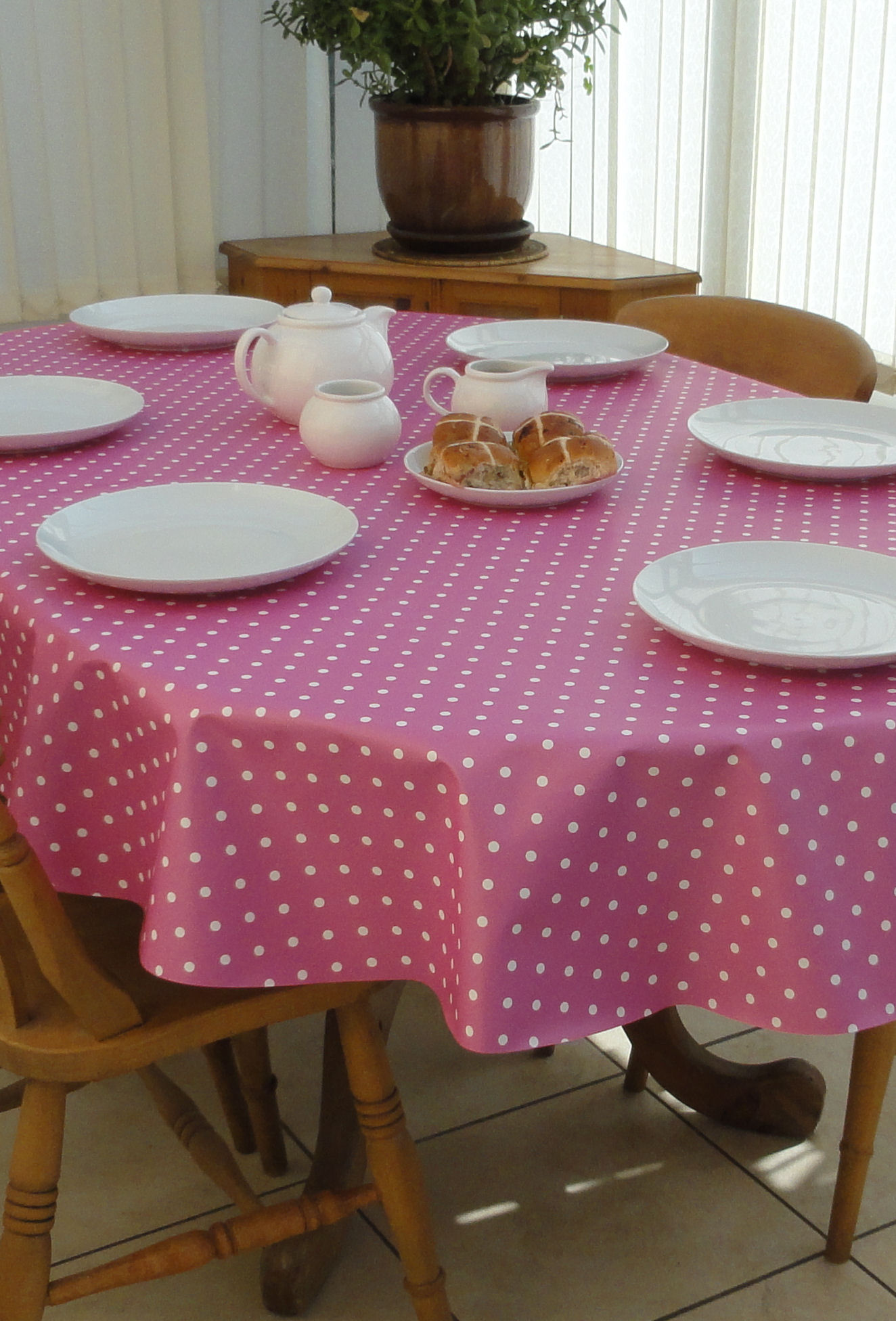 Oval Wipe Clean Tablecloth Pink Polka Dot The