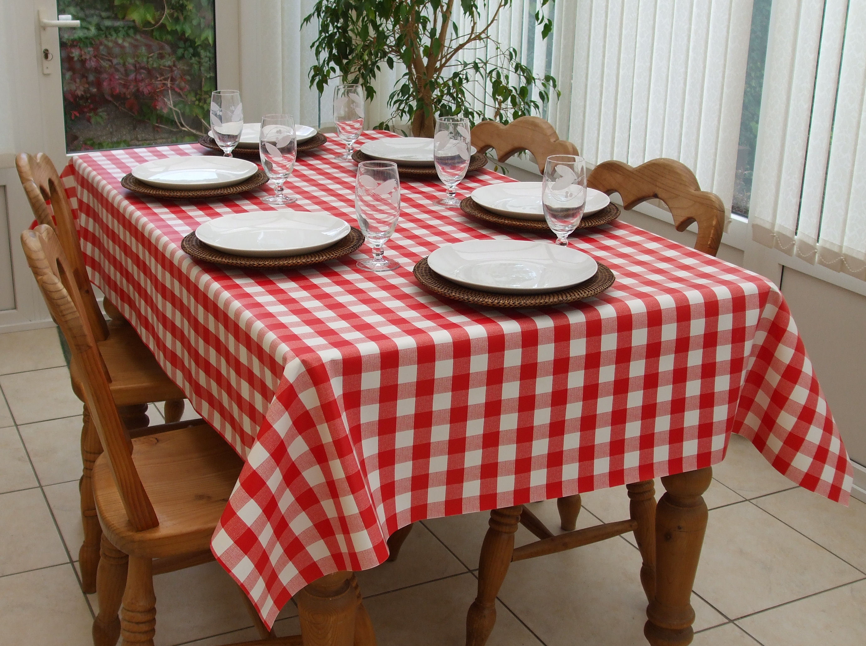 Rectangle Wipe Clean Tablecloth Red Gingham The