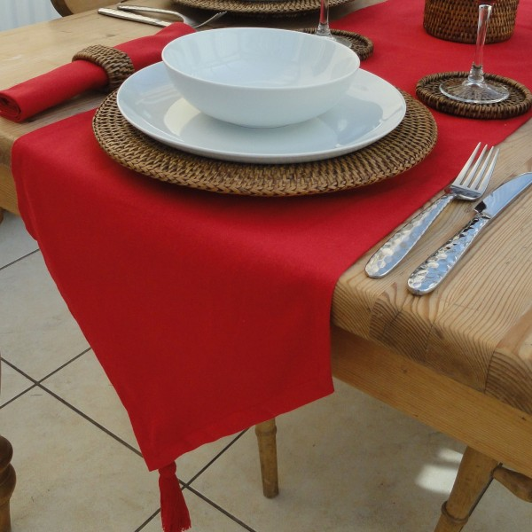 COTTON COLLECTION RED TABLE RUNNER