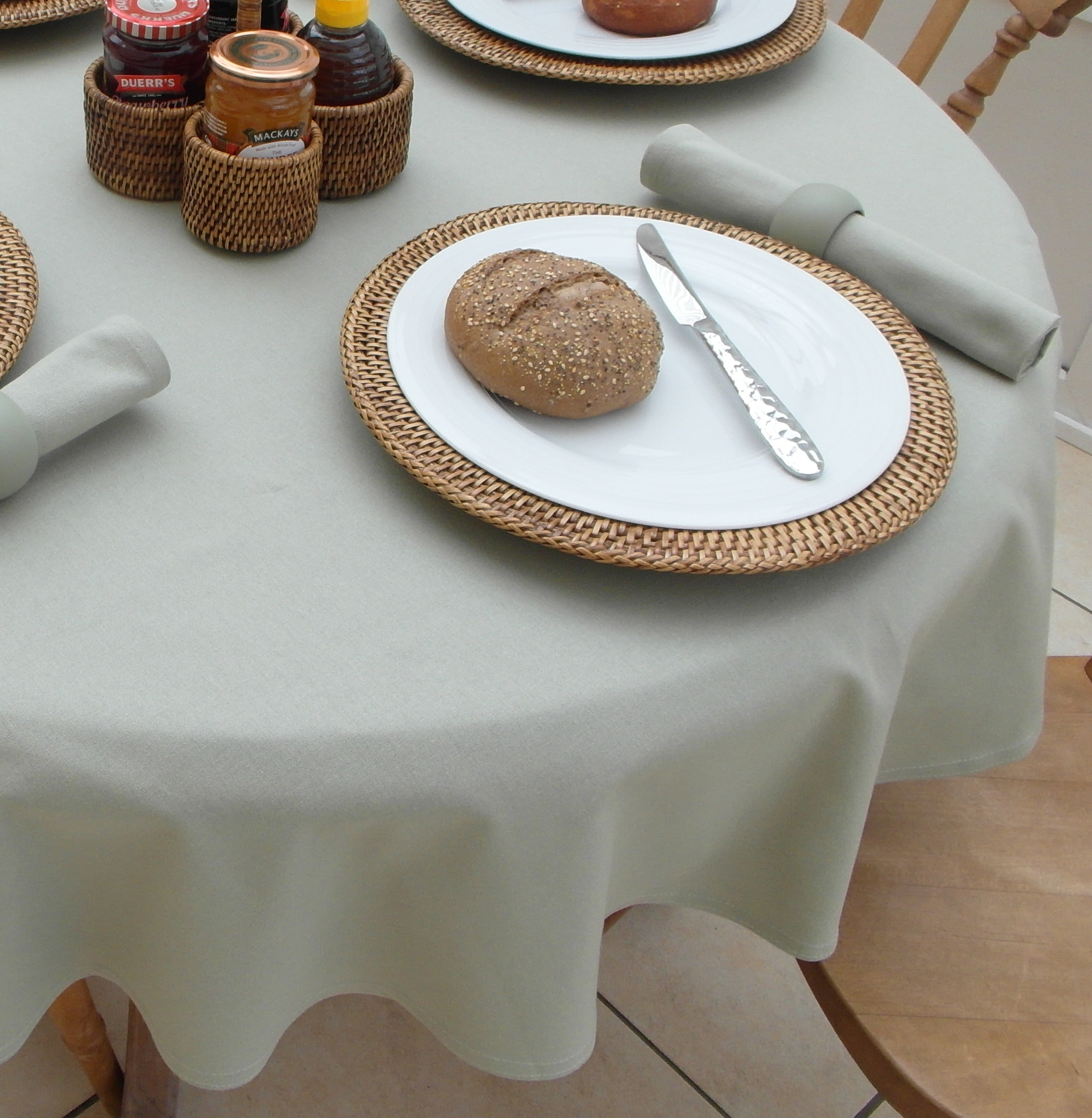 Cotton Collection Sage 4 Seater Round The Tablecloth Company