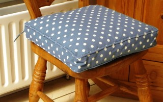 Vintage Blue Polka Dot Seat Pad