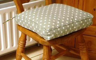 Vintage Sage Polka Dot Seat Pad