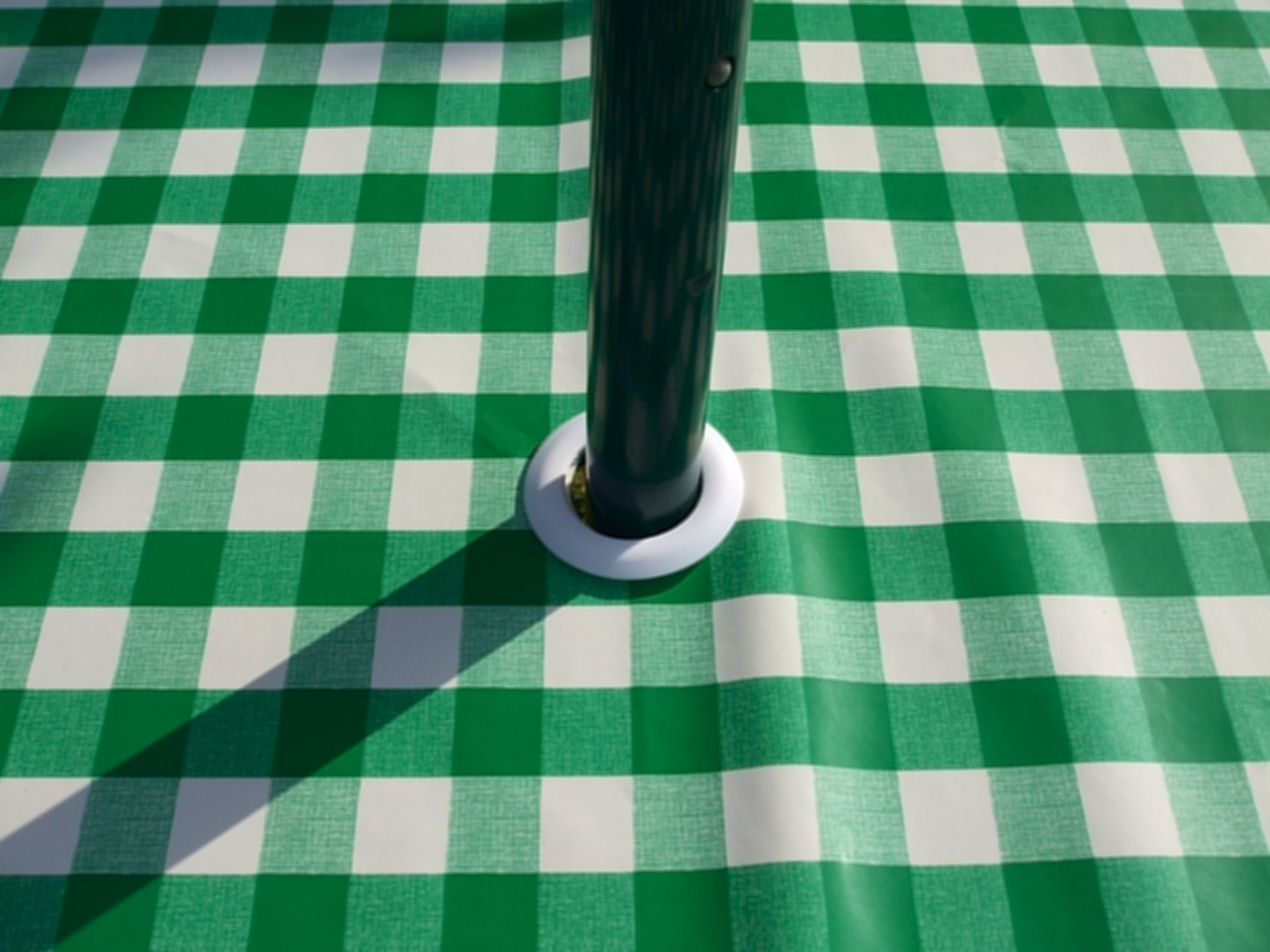 Square Wipe Clean Tablecloth With Parasol Hole Green