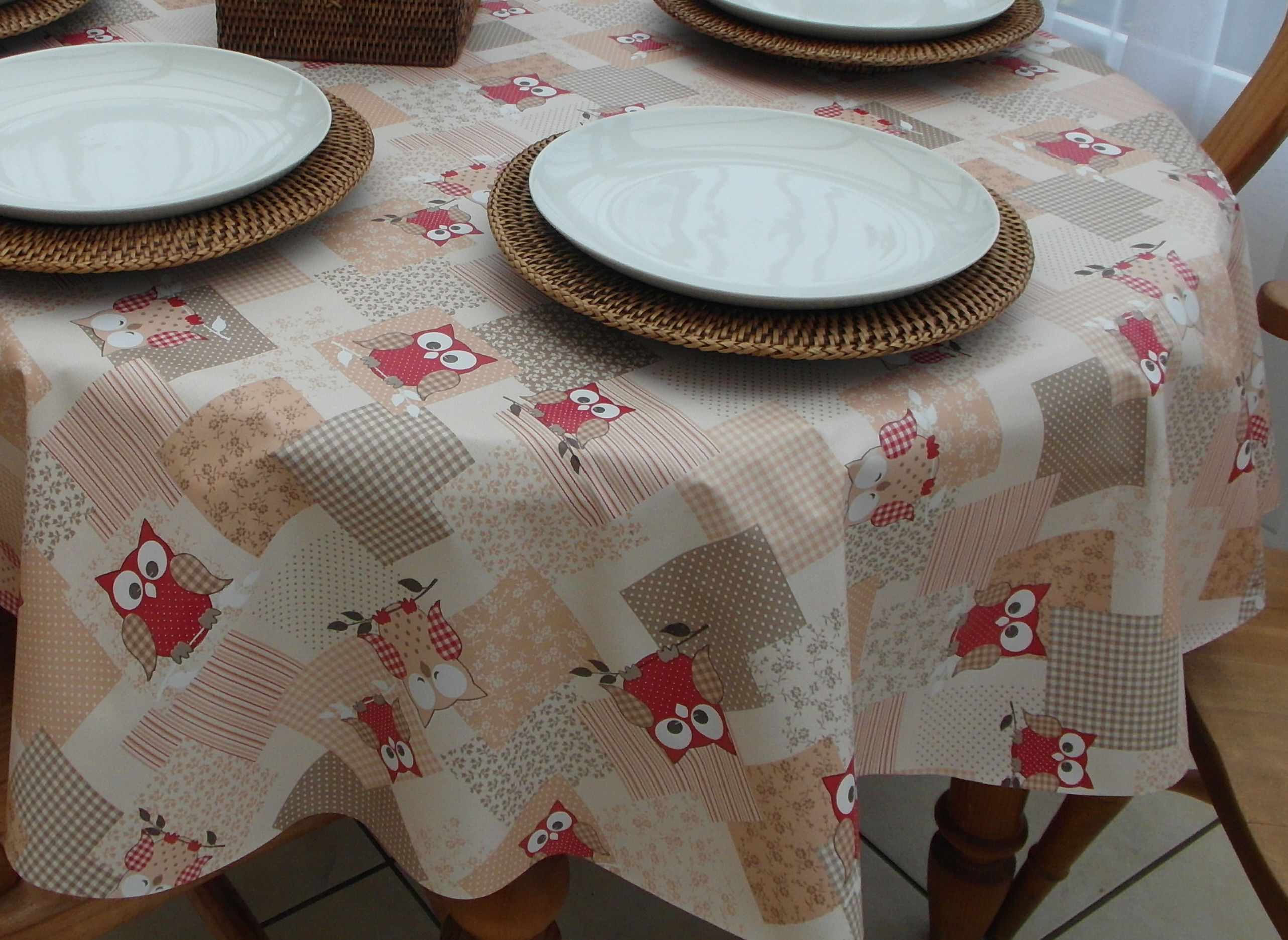 Oval Wipe Clean Tablecloth U2013 Red Owls