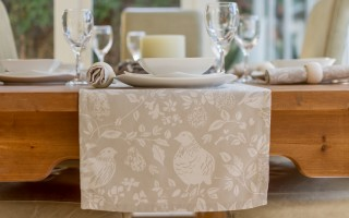 PARTRIDGE IN A PEAR TREE RUNNER