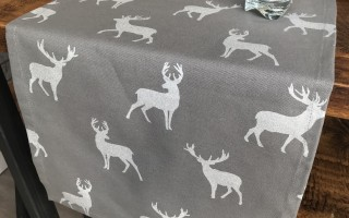 GREY & SILVER STAG RUNNER