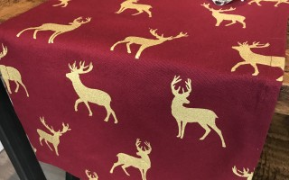 WINE & GOLD STAG RUNNER